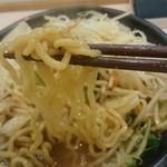 麺遊戯 みそ音 - 味噌タンメン、極太縮れ麺