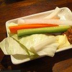 5700779 - お通しの野菜スティック マヨ&肉みそで