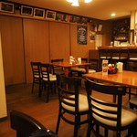 カフェ・サラマンジェ - 店内です。その1