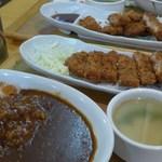 翠月 - 料理写真:ロースカツカレー。ヒレカツカレー、何れも650円。