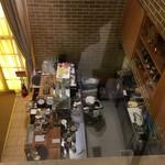 CAFE FREDY - 踊り場からキッチンを