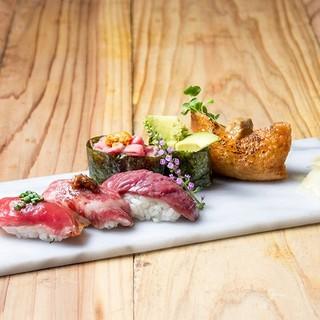 職人の握る一貫に感動…!あらゆる肉、部位を楽しめる「肉寿司」
