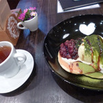 perch - あずき抹茶の和風パンケーキとラズベリーティー