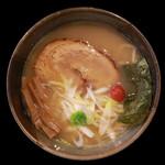 つけめん眞司 - 料理写真:【人気急上昇】帆立とアサリの濃厚清湯ラーメン