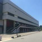57025104 - 愛知県体育館の中にあります