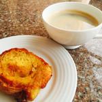 セイルフィッシュ カフェ - フレンチトーストとコーヒー