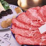 丸小 - 料理写真:特選すき焼き