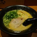 楓花亭 - 2016.10 とんこつ味噌ラーメン(890円)