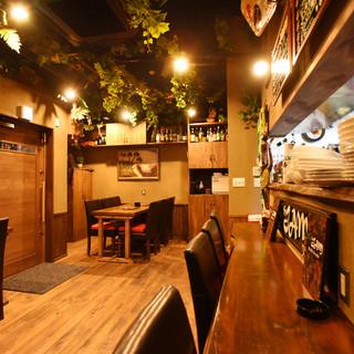 隠れ家風レストランバー♥アジアンテイストのまったり空間