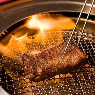 肉職人が焼き上げる本格焼肉♪
