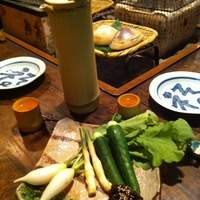 寅 - 青味大根と竹酒