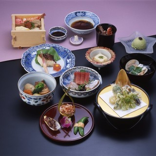 季節の食材をふんだんに使用◆手作りにこだわった自慢のお料理