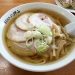 佐野青竹手打ちラーメン押山 - チャーシュー麺 850円