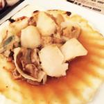浜焼太郎 - ホタテ殻焼
