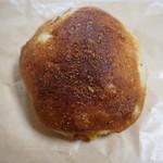 アッチャルポーネ - 3種のチーズフォカッチャ