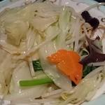 中国料理 桃翠 - 海鮮あんかけパリパリ麺(塩味)。