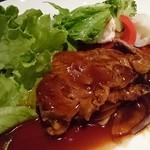 中国料理 桃翠 - 牛肉の中華風ステーキ県産野菜添え。