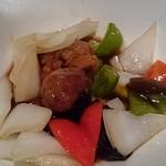 中国料理 桃翠 - 黒酢の酢豚(あぐ~豚)。