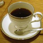 ジャック - 丁寧に淹れられたコーヒー