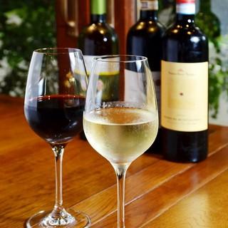 カラフェでたっぷり1Lのがぶ飲みワイン☆
