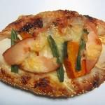 ブーランジェリー クク - 黒芋とかぼちゃ和風みそ味ピザ