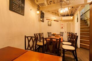 ビストロガニオン - 貸し切りOK♪地下の隠れたテーブル席