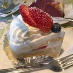 パティスリー ジュールフェリエ - 料理写真:ショートケーキ