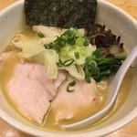 57066475 - 鶏白湯(醤油);730円
