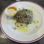 肉バル MARCO - 粗挽きブラックペッパー+クリームマスタードソース2016.09.26
