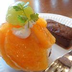 もんしぇり - 料理写真:太秋柿&恵乳菓