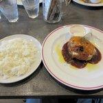 肉バル MARCO - モッツァレラチーズ+デミグラスソース、ライス
