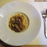 57069411 - 手打ちパスタのフィットチーネ:イタリア産のポルチーニ茸をシンプルに楽しむソースです。