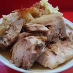 57070093 - ラーメン大 肉増し野菜アブラ増しカラメ