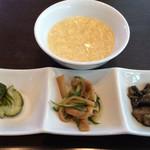 57074861 - ランチについてくる前菜とたまごスープ