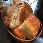 ザ シティ ベーカリー ブラッスリー ルービン - 2016年10月 おかわり出来るパン!