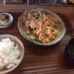 沖縄食堂 空と海と太陽と - ゴーヤチャンプル定食
