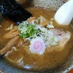 麺武者 - 濃厚節系ガツン醤油味730円