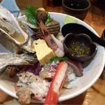 一寸法師 - 究極の海鮮丼 1680円 大盛り+100円