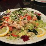 ムーンチャイルド - マグロとアボカドのサラダ