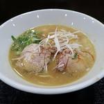 麺ヒーロー - 鶏白湯らーめん