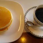 57104027 - ホットケーキ+コーヒー(ブレンド)