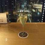 57106581 - グリーンアップルテイストのスパークリングワイン