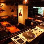kawara CAFE&DINING - 内観写真:【新橋×貸切】30名様~最大100名様までの貸切利用OK