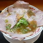 丸醤屋 - 料理写真:丸醤チャーシューメン