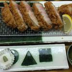 57111286 - 甘とろロースカツ丼定食250g