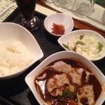 エブラック - 豚とキノコのスープカレー