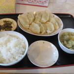 あさ利 - 餃子(8ヶ)定食