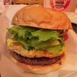 アメリカ食堂 サンズ・ダイナー - 沖縄バーガー