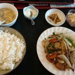 中華料理 順和園 - レバニラ定食