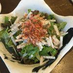 くずし家 - 桜エビと大根の梅風味サラダ